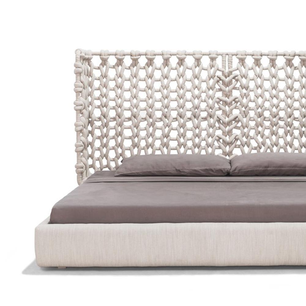Cabaret - Bed